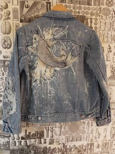 Items similar to hand painted, bleached koi karp tattoo vintage woman& levis denim jacket on etsy - Hand painted bleached Koi karp tattoo vintage woman& - Levi Denim Jacket, Jeans Denim, Denim Jackets, Jean Jackets, Custom Clothes, Diy Clothes, Clothes Women, Bleach Clothes, Denim Kunst
