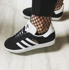 a9e6b1c5547e59 Adidas Gazelle Womens Black White Trainers