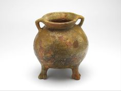 cooking pot 1200 - 1300 Dimensions h. 17.8 cm Material and technique redware, lead glaze