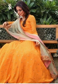 Anarkali Dress, Pakistani Dresses, Indian Dresses, Indian Outfits, Lehenga, Indian Attire, Indian Wear, Indian Frocks, Ethnic Trends