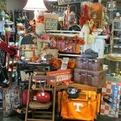 Fall Boutique Store Displays, Boutique Stores, Fall, Autumn, Fall Season, Clothing Boutiques