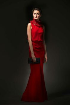Classy long red cocktail dress with artistic necklace