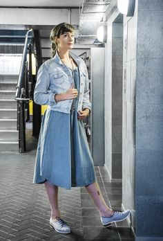 The smock dress. Tonic & Cloth makes 'Monday clothes that feel like Sunday' Linen Jackets, Smock Dress, Feel Like, Smocking, Looks Great, Organic Cotton, Midi Skirt, How To Make, How To Wear