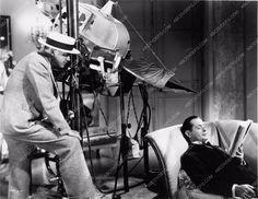 photo W.S. Van Dyke director Robert Montgomery behind the scenes Hideout 1875-19