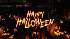 Get this beautiful Happy Halloween 2015 To You an your family; gif picture for your to enjoy the halloween day with new a fun. Are you ready with your costumes Happy Halloween Gif, Halloween Tumblr, Fröhliches Halloween, Feliz Halloween, Halloween Facts, Halloween Wishes, Halloween Tattoo, Halloween Countdown, 31 Days Of Halloween