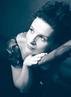 preciousandfregilethings: Juliette Binoche by Edouard Boubat @spettriedemoni | Ombres ...