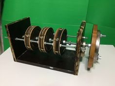 Free Energy Generator - Magnetic Motor 2017 - Permanent magnet motor - YouTube