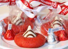 """Ho Ho Hugs Cookies"" and 9 other yummy Christmas treats!"