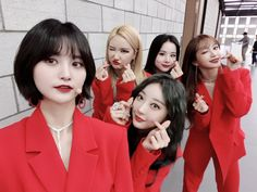 Hani, Kpop Girl Groups, Korean Girl Groups, Kpop Girls, Olivia Hye, Fandom, Pretty Asian, Top 5, My Youth
