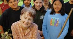 A great informative article from Organic Connections on Alice Waters and The Edible Schoolyard
