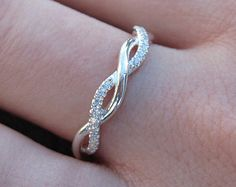 SALE Diamond Infinity Knot Wedding Ring Infinity by Benati