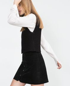 Image 4 of KNITTED WAISTCOAT from Zara