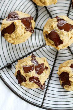 Four-Ingredient Peanut Butter Chocolate Chunk Cookies | girlversusdough.com @stephmwise