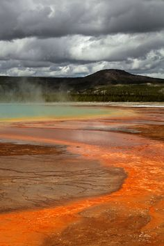 biscuit basin (yellowstone)