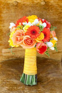 Trendy Wedding Flowers Yellow And White Orange Yellow Wedding Flowers, Prom Flowers, Orange Flowers, Wedding Colors, Marigold Wedding, Flower Bouqet, Wedding Sunflowers, Yellow Roses, Orange Yellow