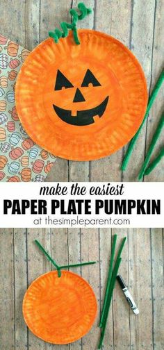 Learn how to make the easiest Paper Plate Pumpkin Craft ever! You probably have most of the supplies for this paper plate craft idea! Its a fun way to celebrate fall or Halloween with the kids! halloween crafts for kids Moldes Halloween, Casa Halloween, Theme Halloween, Manualidades Halloween, Halloween Party Games, Kids Party Games, Halloween Tattoo, Group Halloween, Pinata Halloween