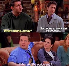 "23 Times Chandler Roasted The Hell Out Of The Other ""Friends"" - Savage Chandler Bing ""Friends"" Moments - Friends Tv Show, Friends Episodes, Friends Moments, Friends Series, Friends Forever, Work Friends Quotes, Chandler Friends, Friends Cast, Chandler Bing"