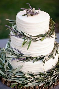 Cake with lavender & olive leaves.....just beautiful!