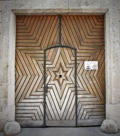 Pin: www.sieradenschilderijenatelierjose.com Make an Entrance: 25 Ways to Wow With Your Front Door