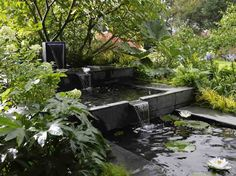 Rocaille cascade bing images jardin pinterest for Fontaine pour jardin leroy merlin