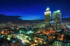 Cebu City, Philippines. 2,463,000 hab.