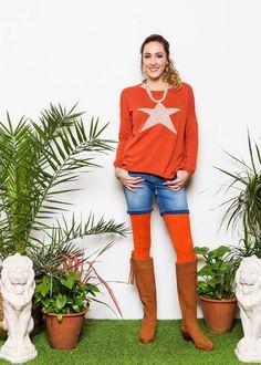 Fashion Stylist, Bermuda Shorts, Capri Pants, Stylists, Women, Style, Swag, Capri Trousers, Outfits