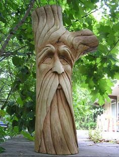 Carving Faces in Wood Chainsaw Wood Carving, Wood Carving Faces, Dremel Wood Carving, Tree Carving, Wood Carving Patterns, Wood Carving Art, Carving Designs, Wood Art, Whittling Wood