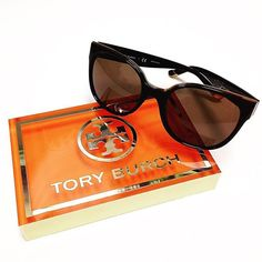 Memorial Day is passed so it is officially summer sunnies time! Grab a pair of these fantastic Tory Burch frames and get to your favorite pool-side spot! #springfieldmissouri #opticalboutique #417 #sgf #springfieldmo #optometry #toryburch #sunglasses #glasses #summer #summertime #sunnies