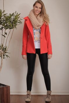 Oferta: casaco lã tradicional (ref: 5367). Compre Vestidos Tita Catita aqui em 3x sem juros. Você vai amar.
