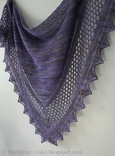 Oiyi's Crafts: Shawl Addiction