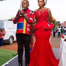We have the latest Swazi Dress designs from various designers in South African and Swaziland. The Latest Swazi Traditional Attire in South African. African Wedding Attire, African Attire, African Wear, African Women, African Dress, African Weddings, African Style, Venda Traditional Attire, Traditional Outfits