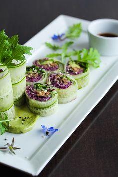 Fresh and healthy raw vegan mushroom spring rolls