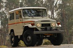 TOYOTA-LAND-CRUISER-FJ40-4X4-RESTORED-RARE-VINTAGE-TRUCK-4WD-O | Land Cruiser Of The Day!
