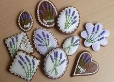 Levandulové Lavender Ideas, Cupcakes, Cut Out Cookies, Easter Cookies, Chocolate, Royal Icing, Candies, Gingerbread, Cake Decorating