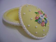 http://www.bestrecipes.com.au/recipe/sugar-easter-egg-L8389.html    I have been looking for a recipe for these for years! The pic is an example the link is to Best Recipes site, for Sugar Egg Recipe!
