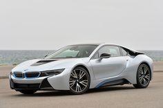 以前から噂されているBMW「i5」に関して、我々が米BMW i部門のトップから聞いた話をもとに2014年1月に最初の記事を書いた後、米BMWから「i3より大型のBMW iモデルに関して示唆したことは、現時点では不確定な話です」という連絡があった。それから1年にわたって、米の『Car and Driver』