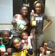 New years eve parenting fail awkward funny, fail video, funny fails, cringe, Humour Parent, Parenting Humor Teenagers, Parenting Done Right, Parenting Memes, Mom Humor, Funny Humor, Funny Stuff, Funny Videos, Humor Videos