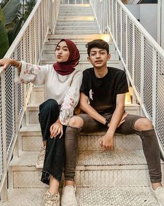 Bad Boy Aesthetic, Couple Aesthetic, Cute Couples Photos, Couple Pictures, Modern Hijab Fashion, Casual Hijab Outfit, Relationship Goals Pictures, Ulzzang Couple, N Girls