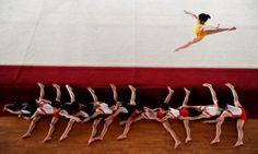 World Press Photo Awards 2013 - 2nd prize singles – Warm up by Yongzhi Chu