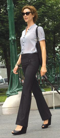 Work Style: Short sleeve button-up with Lisette pants in a wide leg cut, very flattering! | work clothes | career style