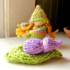 Waldorf play set inspired by Spring: Blossom Mama and her wee Petal baby! From the This Cozy Life blog.