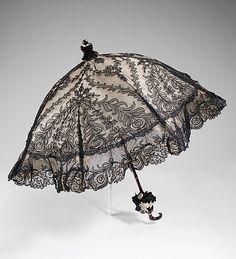 Capucine aime les ombrelles