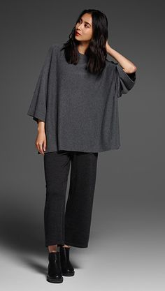 Free standard shipping on all Continental US orders. Shop women's casual clothing that effortlessly combines timeless, elegant lines with eco-friendly fabrics from EILEEN FISHER. Eileen Fisher, Cool Outfits, Casual Outfits, Quoi Porter, Elegant Outfit, Work Wardrobe, Winter Looks, Modest Fashion, Autumn Winter Fashion