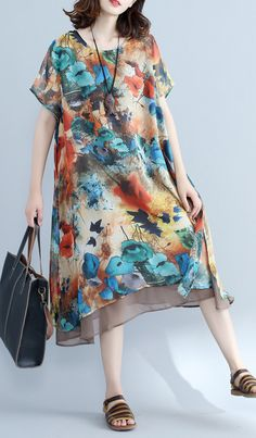 Elegant floral chiffon dress plus size holiday dresses 2018 short sleeve side open chiffon dressMost of our dresses are made of cotton linen fabric, soft and breathy. loose dresses to make you comfortable all the time. Plus Size Holiday Dresses, Dress Plus Size, Dresser, Floral Chiffon Dress, Maxi Styles, Cotton Dresses, Short Sleeve Dresses, Loose Dresses, Summer Dresses