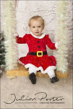 With only 8 weeks to go until Christmas, now is a great time to think about a Christmas photo shoot and here at Julian Porter Photography we have lots of options this year including the 2 brand new sets below.We are offering either setup for 1 or 2 children for £50 or both setups for 1 or 2…