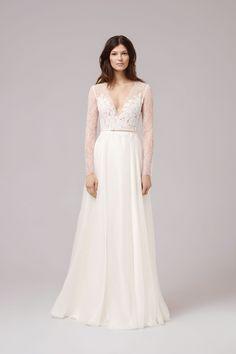 Brautkleid von ANNA KARA Modell LUDVIGNE mit langen transparenten Ärmeln und tiefem V-Ausschnitt