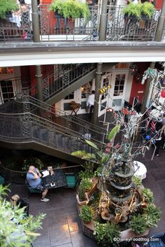 Review: Ralph Brennan's Jazz Kitchen in Disneyland's Downtown Disney | the disney food blog
