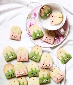 Strawberry and matcha tea bag shaped Easter bunny cookies  by Michelle Lu  (@sweet_essence_)