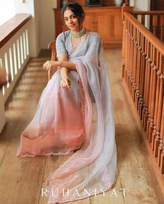 Feeling feather light looking at this gorgeous ombre organza saree. Saree by Oh btw, remember yesterday's red… Saree Blouse Patterns, Saree Blouse Designs, Indian Wedding Outfits, Indian Outfits, Net Saree Designs, Farewell Sarees, Stylish Sarees, Trendy Sarees, Saree Trends