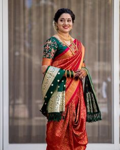 Take inspirations from these top Maharashtrian bridal looks for your marathi wedding. Marathi bride photos and nauvari saree wedding look on ShaadiWish.